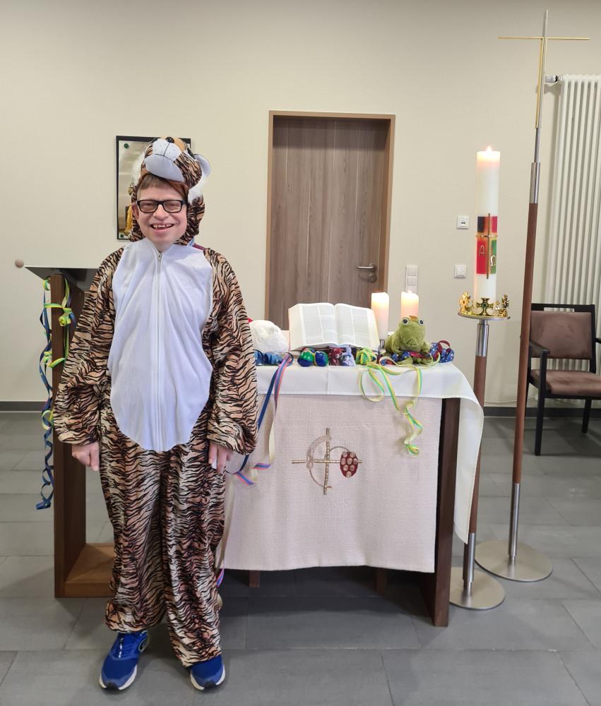 Pastoralreferent Wolters beim Gottesdienst